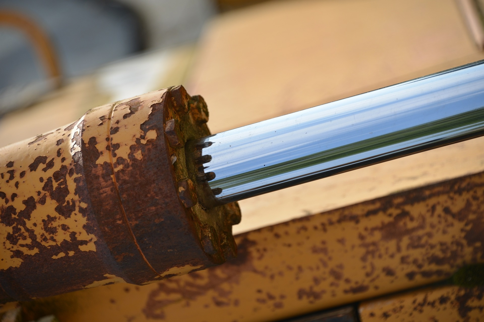 Why You Should Be Using A Good Quality Hydraulic Oil