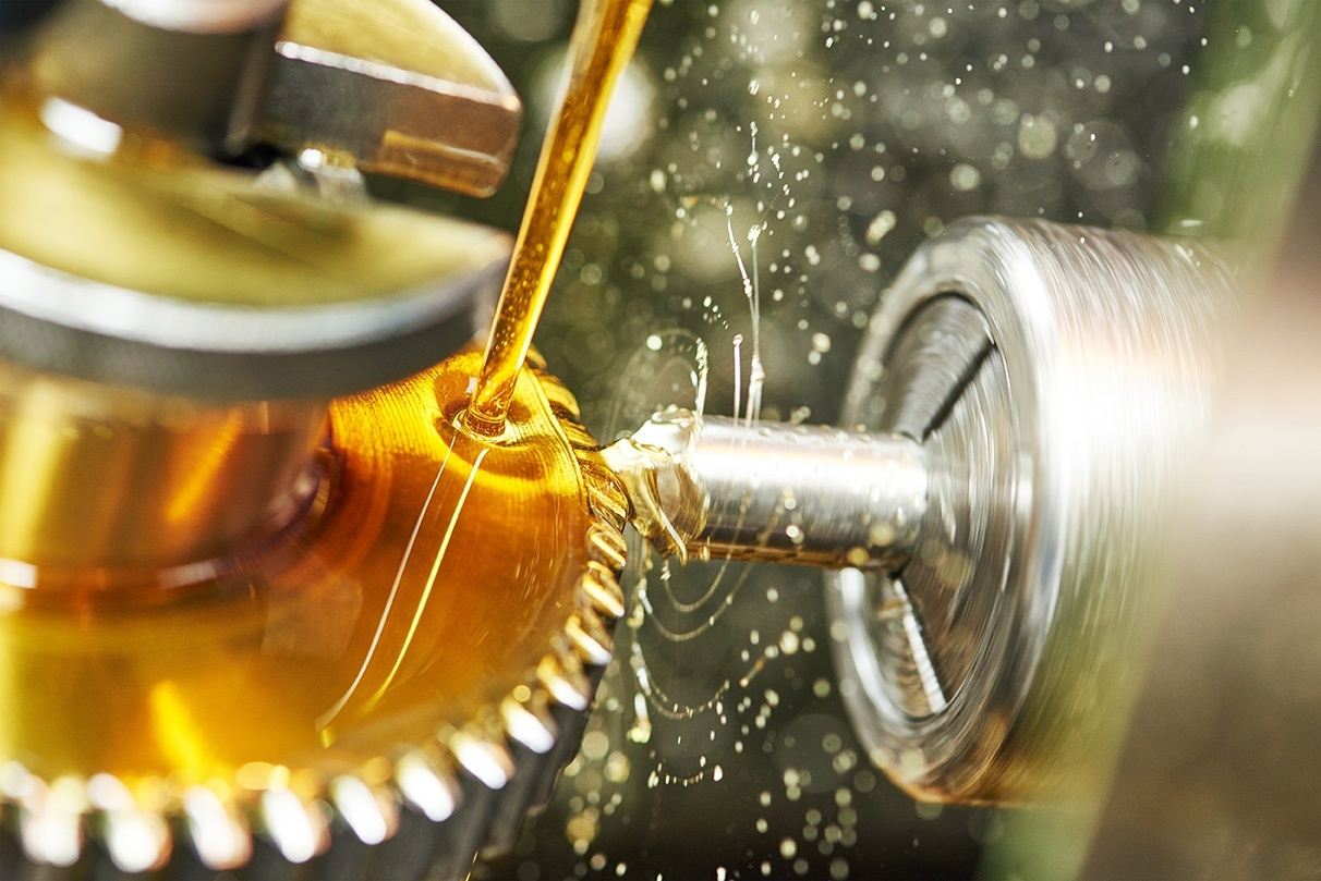 Choosing The Right Industrial Gear Oil: What You Need To Know?